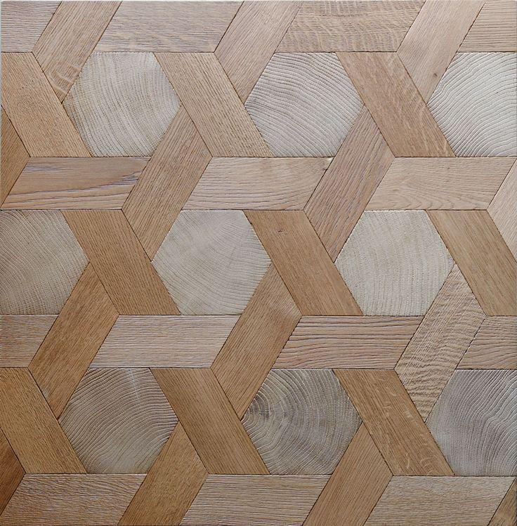 Les hexagones n'ont pas reçu de mise en teinte, les navettes ont été préalablement  légèrement teintées