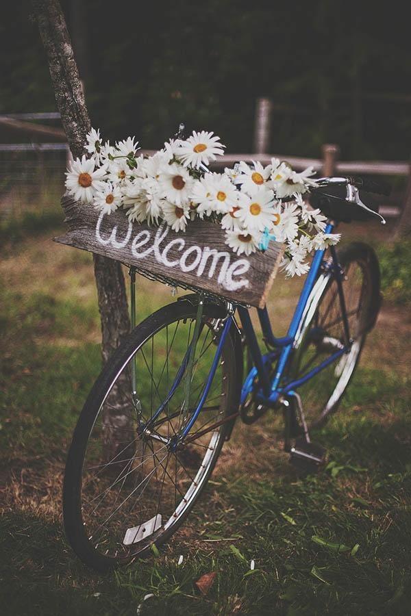 Una boda sobre ruedas: decora tu boda con bicis | Bodas