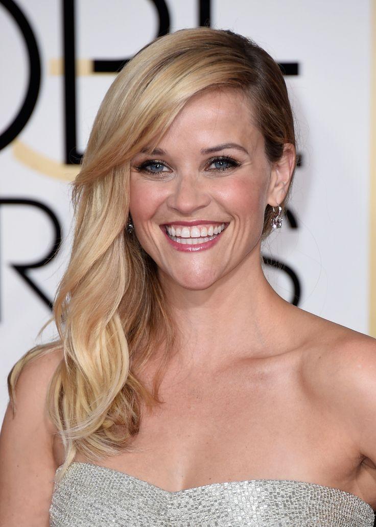 Reese Witherspoon usa joias avaliadas em R$ 4 milhões no Globo de Ouro 2015