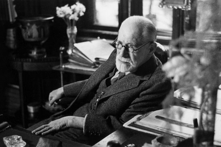 Untangling the Controversial Legacy of Sigmund Freud