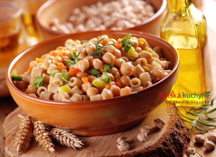 Italská kuchyně pro Čechy a Slováky - Cizrna je vItálii velmi ceněnou a používanou luštěninou a mnoho tradičních pokrmů zní připravený