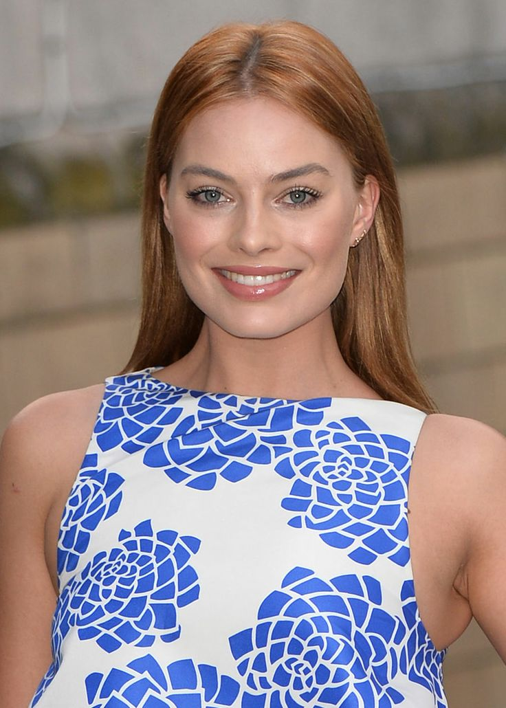How To Get Margot Robbie's Rose Gold Hair