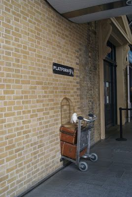 For Harry Potter Lovers! King´s Cross station London