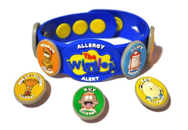 The wristband for kids with allergies, asthma or other conditions has a Wiggles logo.