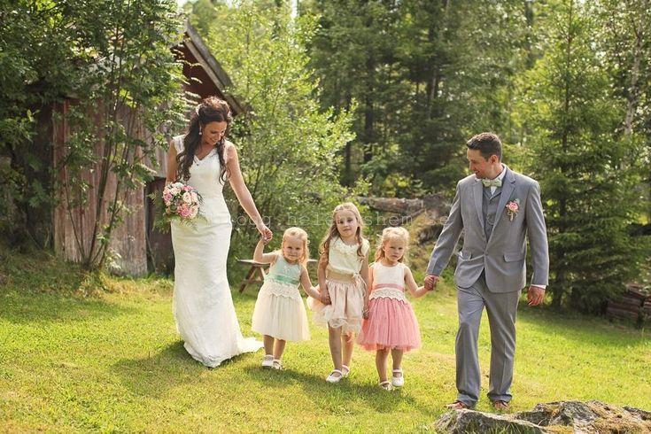 Sommarbröllop. Vårt lantliga bröllop. Foto Stine Branderud