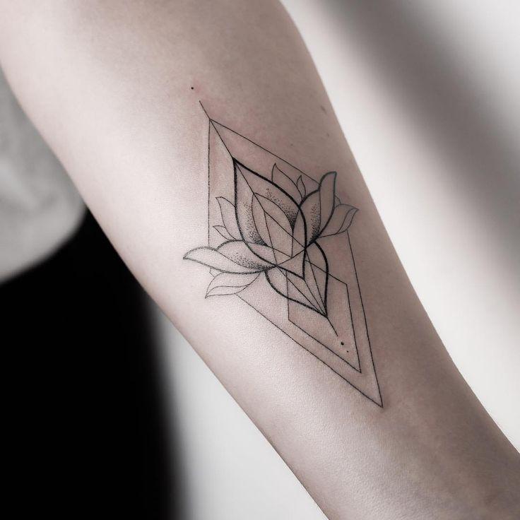 Finden Sie das perfekte Tattoo und die Inspiration für Ihr Tattoo. – Ana Theo