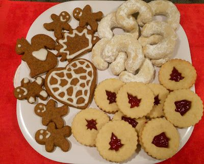 Handmade or hand baked gifts. Give you friends and relatives handmade gifts such as homemade Christmas cookies or decorations // Czech Vegan (in America): Czech Christmas Cookies