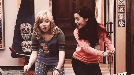 Ariana Grande And Jennette McCurdy Birthdays: The Secret To Having A Great Friendship, According To The 'Sam & Cat' Stars