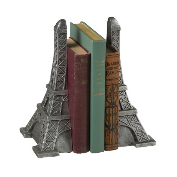 eiffel tower bookends....I WANT THESE!!  Biggest hug ever to the person who gets them for me!