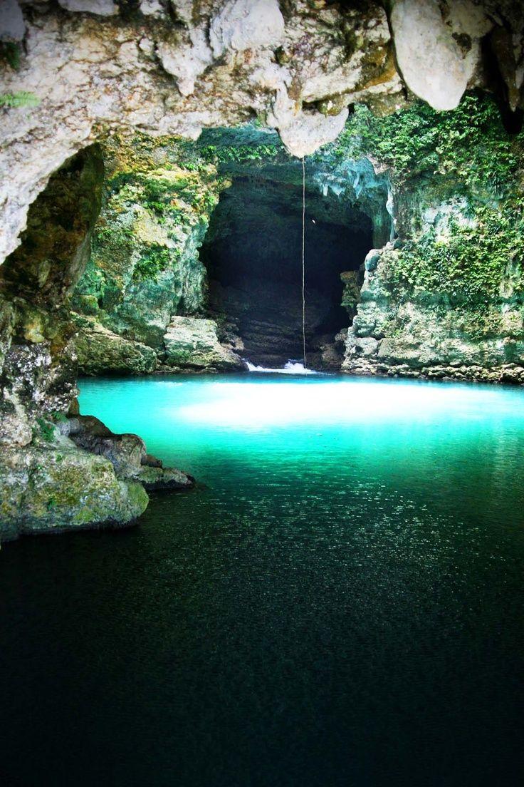 Green Cave - Waikelo Sawah | Sumber air (air terjun) yang terletak di Kecamatan Wewewa Timur, Kabupaten Sumba Barat Daya, Provinsi NTT.