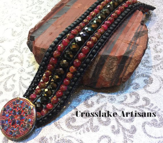 Пять строк манжета, вышитый бисером браслет в черный и красный