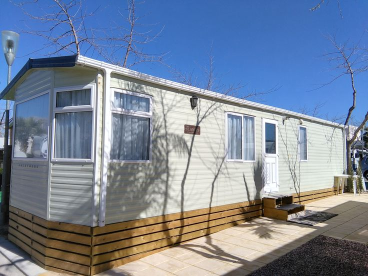 Brentmere Newbury Static Caravan For Sale On Camping Almafra Mobile Home Park In Benidorm Costa Blanca, Spain. This is a 2 bedroom Static Caravan is situated on a large sunny plot close to all Camp…