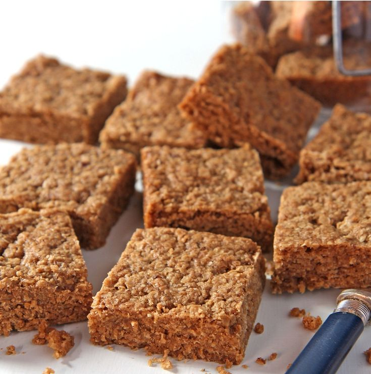 This Gluten Free Flapjack Recipe makes flapjacks that are so scrumptious and perfect for coeliacs to enjoy, created by Adriana from www.glutenfree4kids.com.