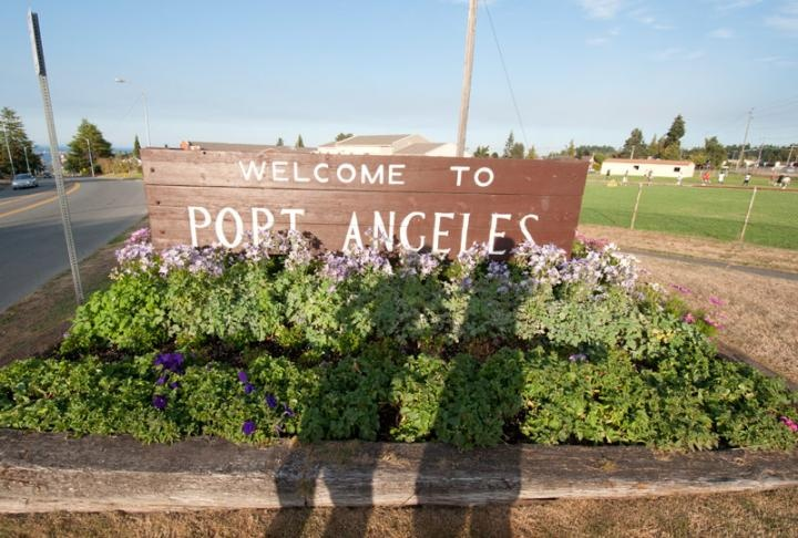 how to get to victoria from port angeles