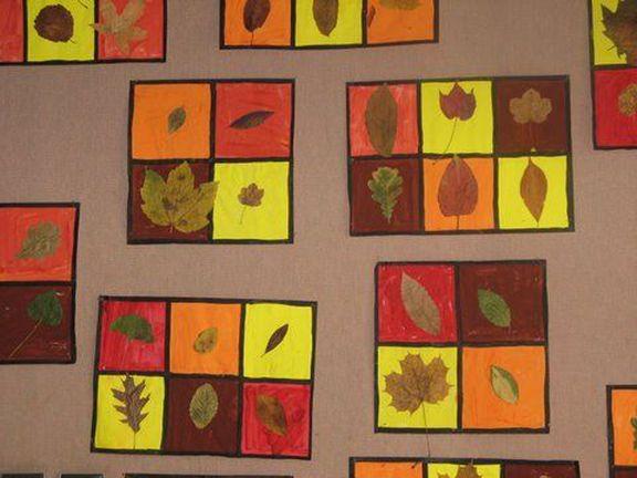 Wydaje mi się, że dopiero co pisałam o nadejściu wiosny, dekoracjach wielkanocnych, a już piszę o jesieni. Spadające liście, parasolka w torebce i cieplejsza k