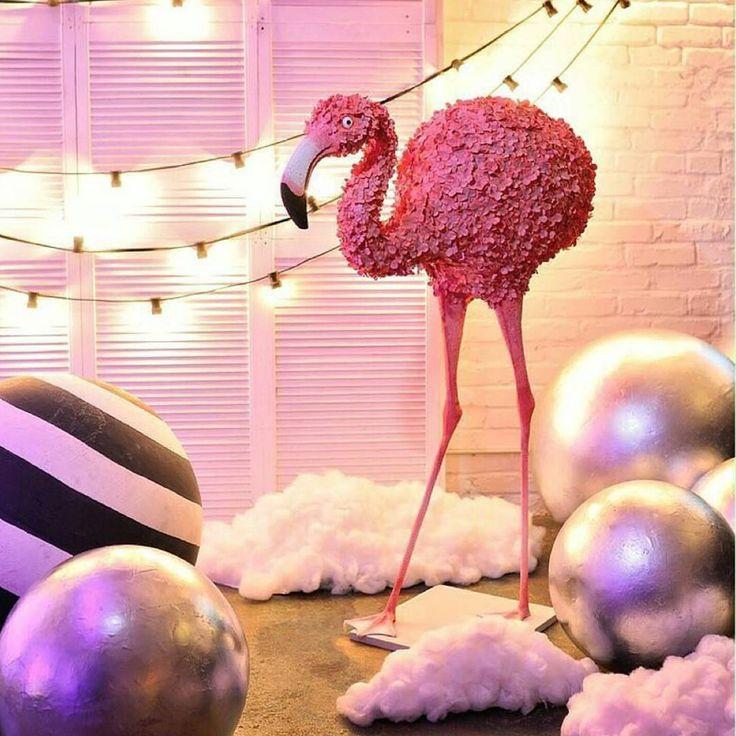 Розовых фламинго из гортензий Вам в ленту на ночь)  И пусть приснятся розовые сны)) #оформление#свадьба#выезднаярегистрация#праздники#алматы#хангаби#асянди#кызузату#годик#тусаукесер#кудалар#юбилей#свадебныйдекор#свадебнаяарка#фотозона#eventdesigner