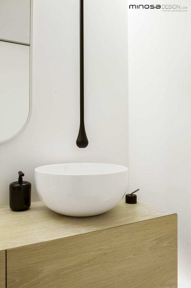 Clean Simple Lines Creates Stunning Modern Bathroom