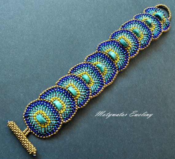 Peacock Bracelet with Glass Beads and African by MotywatorEweliny