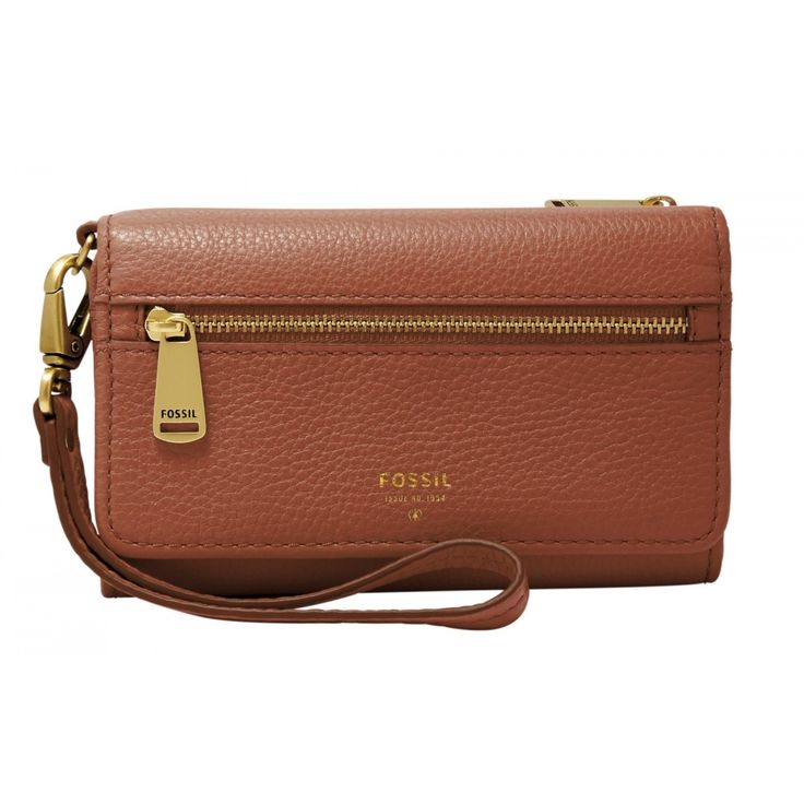 Keep your phone close at hand with this Fossil Preston wristlet wallet. A handy strap makes this wallet easy to carry, and the zippered compartment and card slots let you organize cash, credit cards,