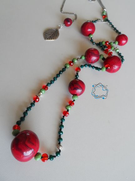 Necklaces : Green & Red Necklace with Leaf & Steel Chain