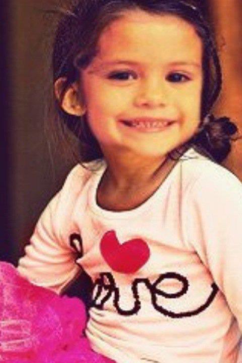 Selena Gomez when she was little