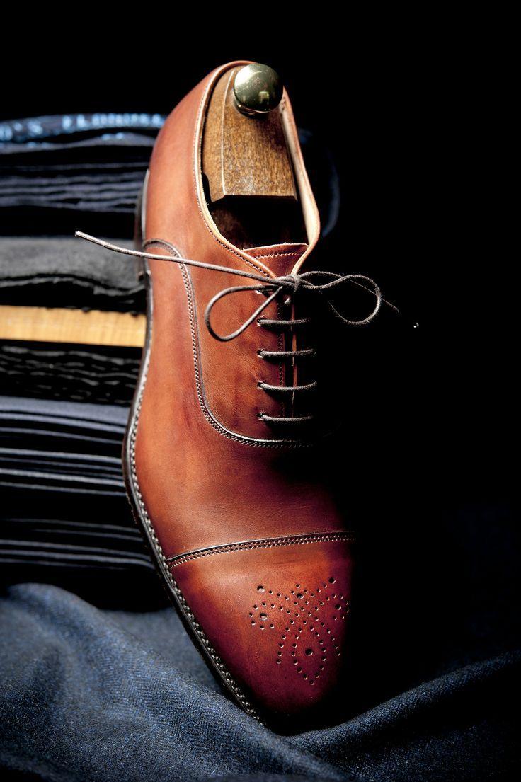 チーニー 靴 ビジネスシューズ