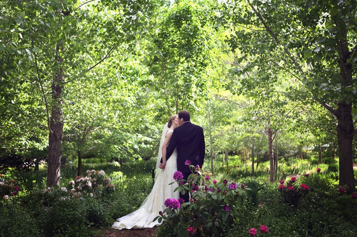 Linden Gardens Weddings In Kaleden Bc Okanagan Wedding Venues Pinterest Gardens