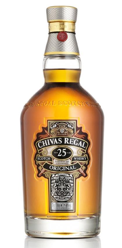 Whisky Chivas Regal 25 años es un whisky ultra premium inspirado por la primera mezcla de 1909. Precio y más información: http://bit.ly/KQxUfa    #whisky #whiskies #chivas #bebidas