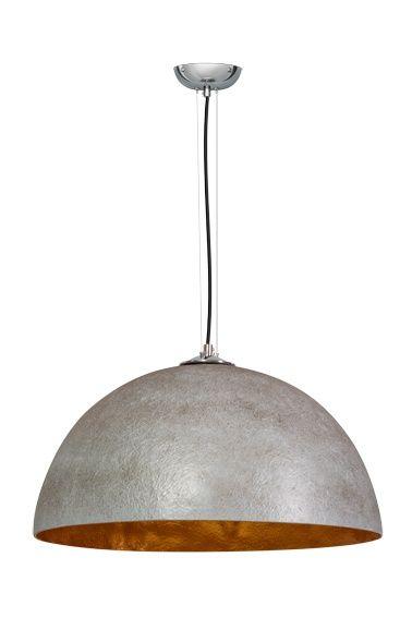 Trendy hanglamp in de kleur beton grijs met een een zilveren of gouden binnenkant voor een prachtig licht spektakel.