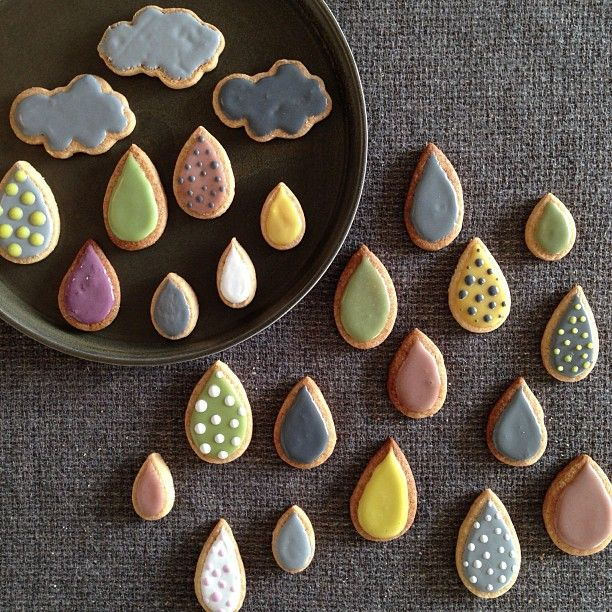 Cloud and rain cookies