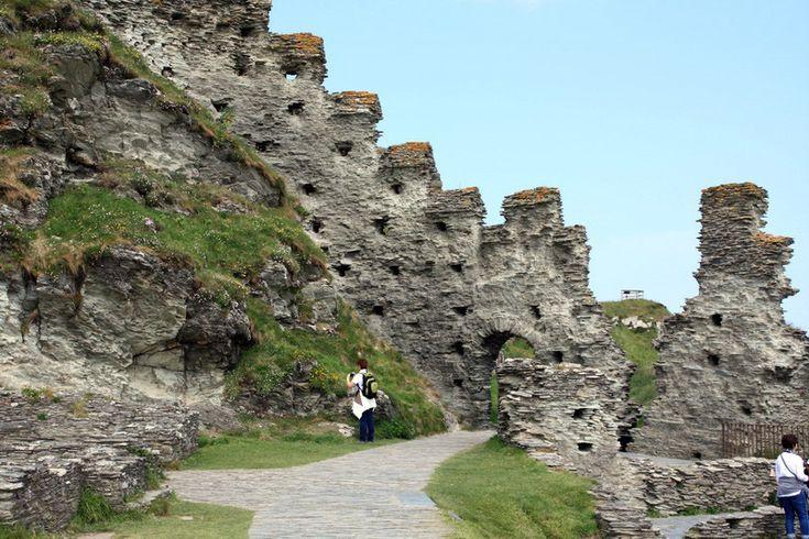 Деревня Бокасл и замок Тинтагель. Графство Корнуолл - Куда приводят мечты