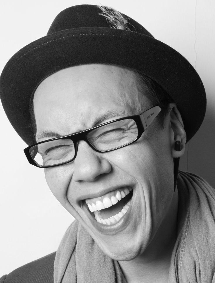 Gok Wan - I love the way that he obviously LIKES the women he helps. He is compassionate ( having been overweight as a younger person he knows what it's like ), funny and a fabulous stylist. I'd love a fairy Gokmother like him :-)