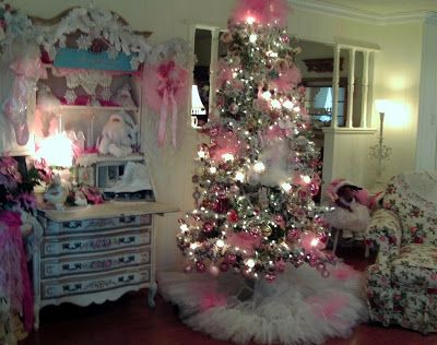Penny's Vintage Home: Santa Loves the Ballet