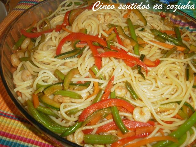 Cinco sentidos na cozinha: Esparguete à Xangai