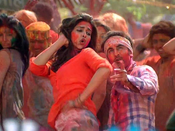 Deepika Padukone + Ranbir Kapoor= pure magic. Why aren't they together anymore?! :(