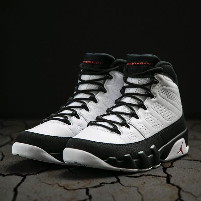 Air Jordan Retro 9 will be available tomorrow at Jimmy Jazz