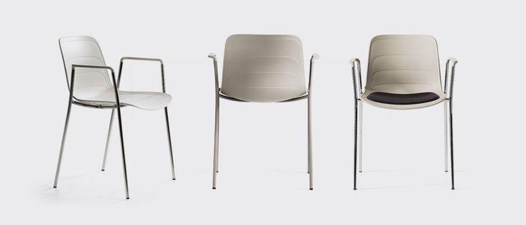 Grade chair, designers Johannes Foersom & Peter Hiort-Lorenzen | Lammhults