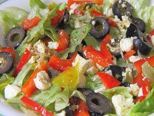 Рецепт №1: Салат с красным перцем и сыром Фета