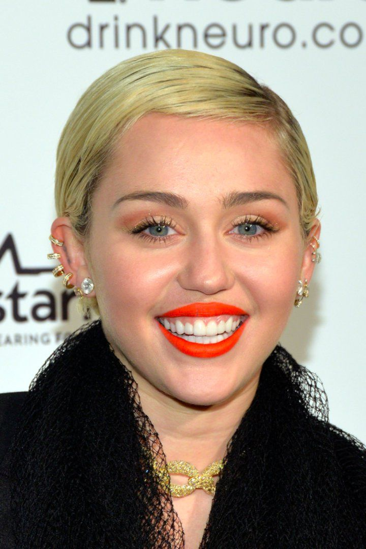 Miley Cyrus Just Bought a Malibu House Near Liam Hemsworth
