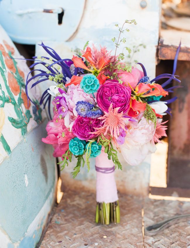 Colorful Elopement Inspiration at Salvation Mountain 48