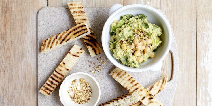 Avocado Hummus + Dukkah via @iquitsugar