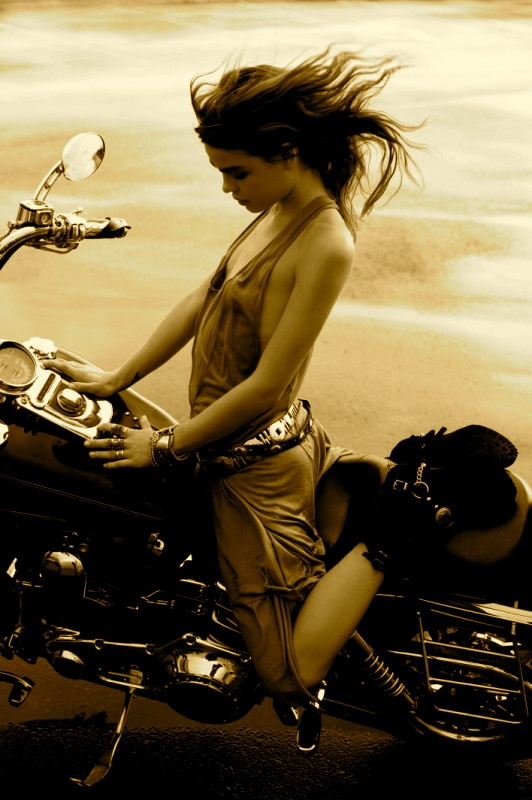 online dating for bikers Looking online for relationship has never been easier it's free to register, welcome to the simplest online dating site to flirt, date, or chat with online singles.