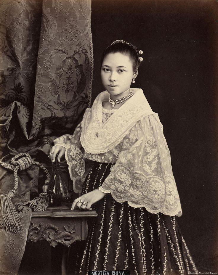 old-philippine-women