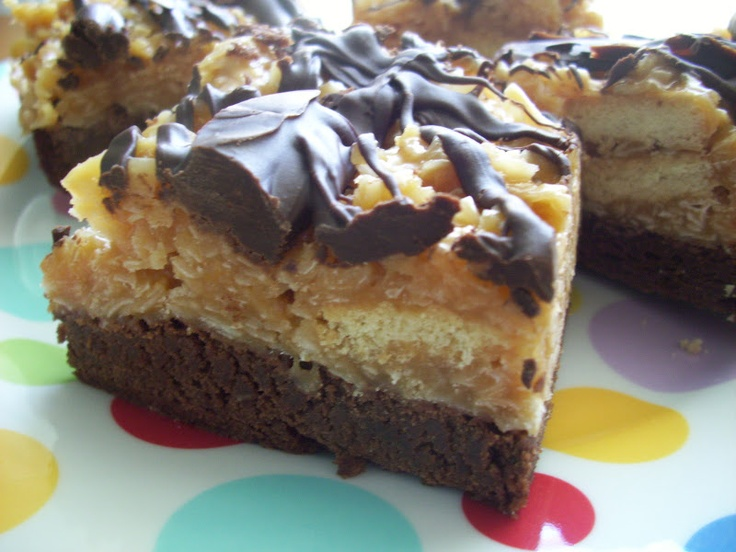 Flavors by Four: Samoa Brownies: Recipes Desserts, Brownies Cookies, Samoa Brownies, Sweet Tooth, Brownies Bar, Bar Recipes, Baking, Brownies And, Bar Brownies