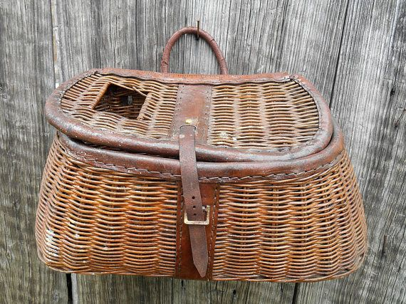Anitque Fishing Creel Basket Leather Trim Man Cave Decor Woven