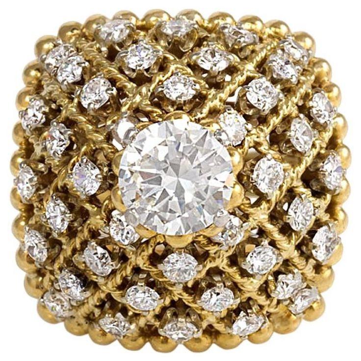 1960s Van Cleef & Arpels Diamond Gold Ring