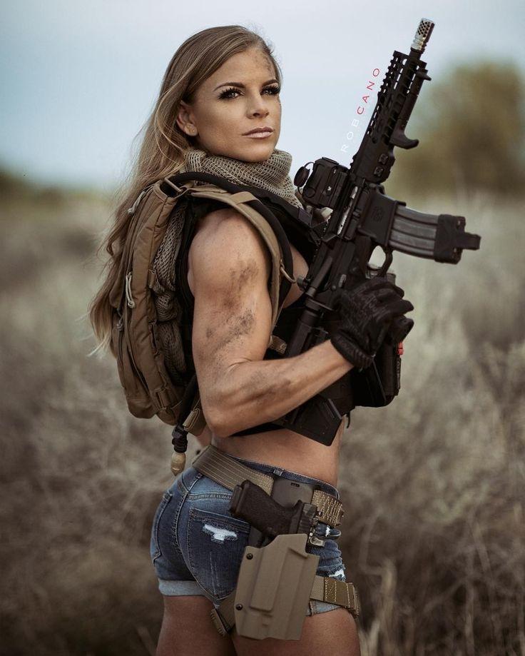 Buff Gun Babe Re Save Pinterest Girl Guns Military Girl And Guns