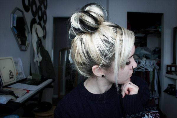 Two Toned Messy Top Bun...I would love this!