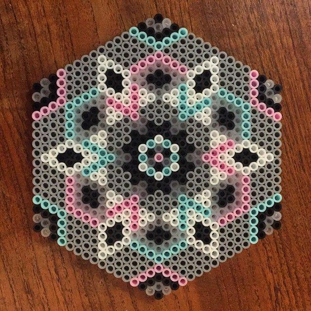 Mandala hama Perlen von missakc