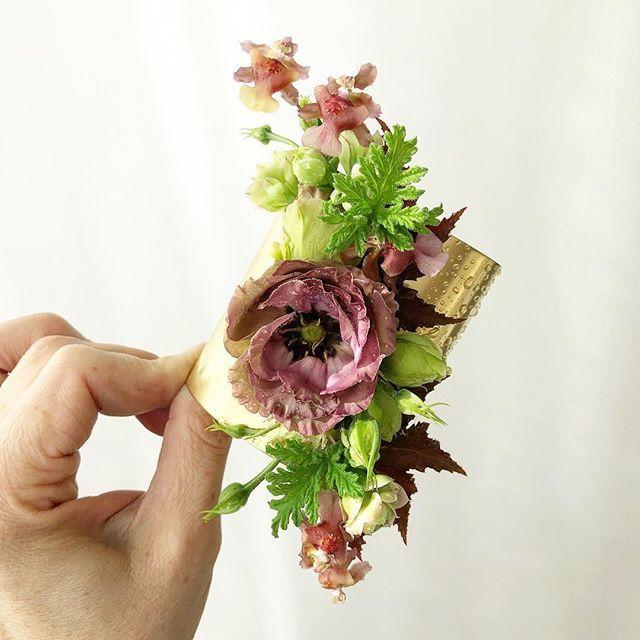 Corsage Bracelet Oncidium Lisianthus Kalanchoe Begonia Scented Geranium Scented Geranium Oncidium Geraniums